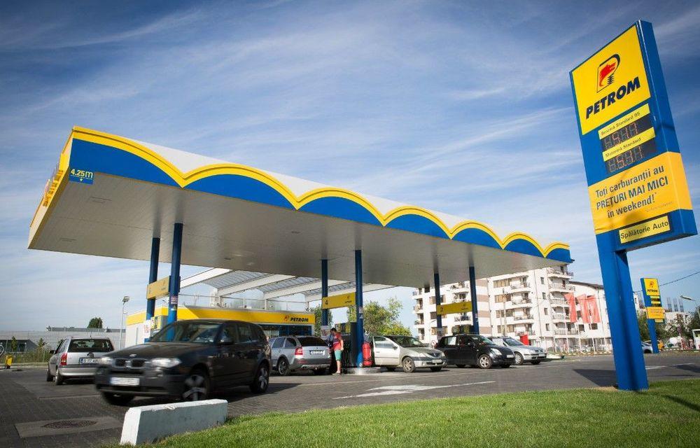 """Petrom va instala staţii de încărcare pentru mașini electrice în 30 de benzinării din România şi Bulgaria: """"Energia nu va fi gratuită"""" - Poza 1"""