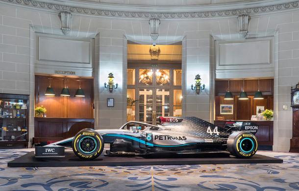 Mercedes a dezvăluit noile culori pentru sezonul 2020 al Formulei 1: monopostul va fi prezentat în 14 februarie - Poza 4