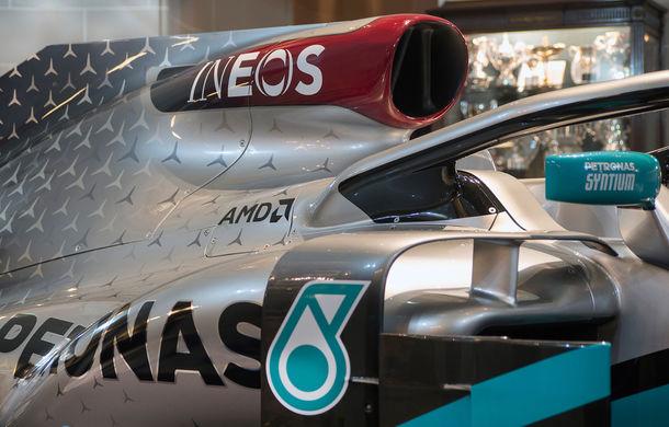 Mercedes a dezvăluit noile culori pentru sezonul 2020 al Formulei 1: monopostul va fi prezentat în 14 februarie - Poza 8