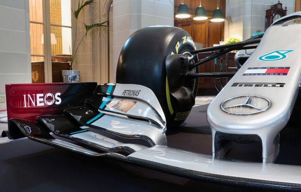 Mercedes a dezvăluit noile culori pentru sezonul 2020 al Formulei 1: monopostul va fi prezentat în 14 februarie - Poza 5
