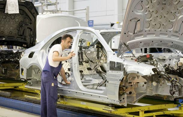 Prime pentru angajații Daimler: aproape 130.000 de muncitori din Germania vor primi un bonus de aproape 1.100 de euro - Poza 1