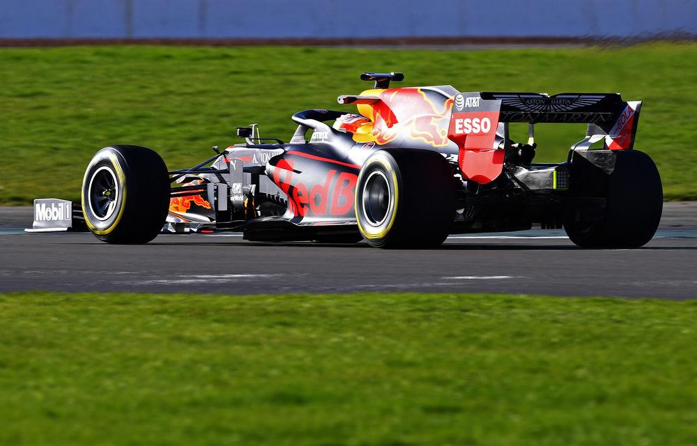 Red Bull a prezentat monopostul pentru sezonul 2020 al Formulei 1: Verstappen a parcurs primele tururi pe circuitul de la Silverstone - Poza 4
