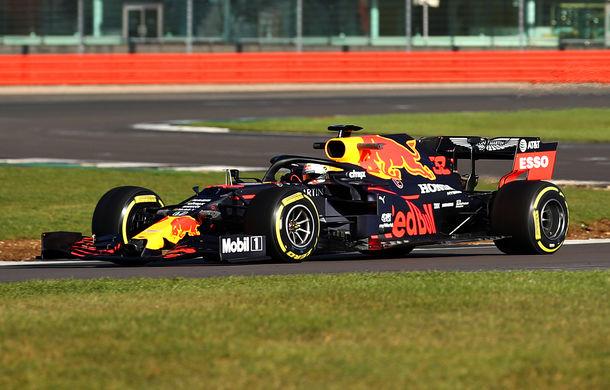 Red Bull a prezentat monopostul pentru sezonul 2020 al Formulei 1: Verstappen a parcurs primele tururi pe circuitul de la Silverstone - Poza 1