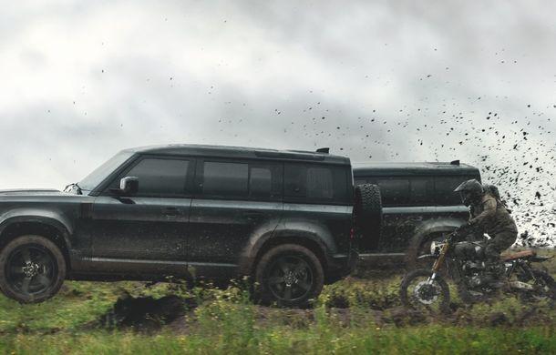Video. Câteva dintre cascadoriile noului Land Rover Defender pregătite pentru pelicula James Bond: No time to die - Poza 5