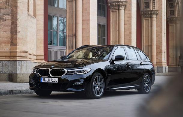BMW lansează o versiune plug-in hybrid pentru Seria 3 Touring: putere totală de până la 292 de cai și autonomie electrică de 65 de kilometri - Poza 1