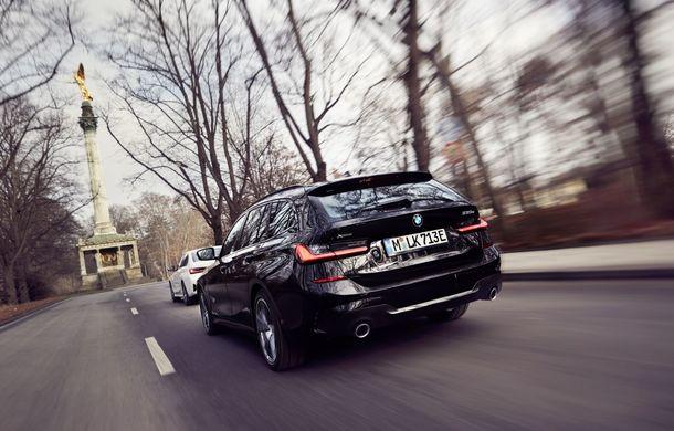 BMW lansează o versiune plug-in hybrid pentru Seria 3 Touring: putere totală de până la 292 de cai și autonomie electrică de 65 de kilometri - Poza 4