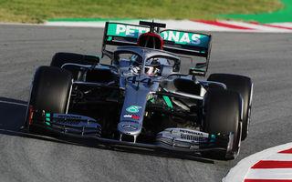 Prima controversă în testele de la Barcelona: Mercedes utilizează un volan reglabil pe adâncime pentru îmbunătățirea performanțelor