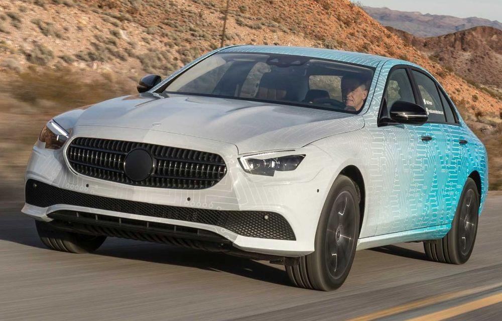 Mercedes-Benz Clasa E facelift va fi expus la Geneva: modelul de clasă mare va fi disponibil cu motorizări mild-hybrid și plug-in hybrid - Poza 23