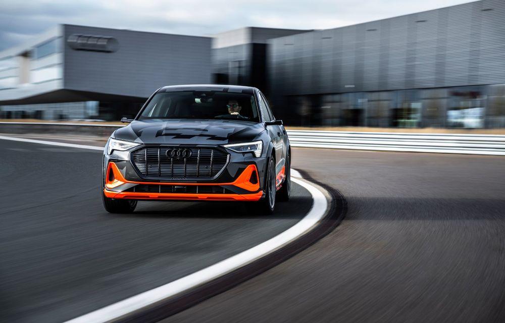 Audi e-tron S și e-tron S Sportback: versiunile de performanță au trei motoare electrice și până la 503 CP - Poza 24