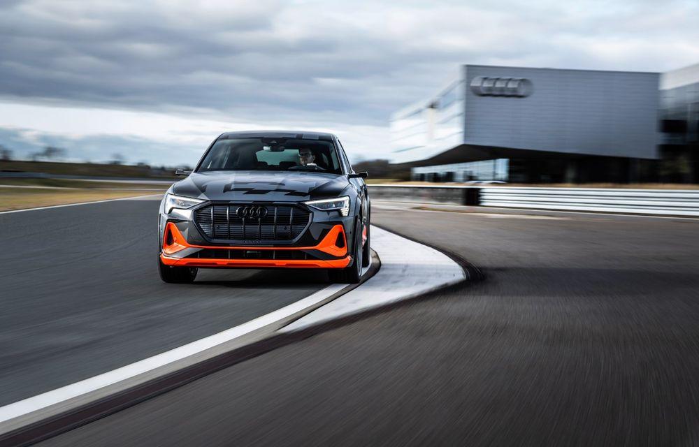 Audi e-tron S și e-tron S Sportback: versiunile de performanță au trei motoare electrice și până la 503 CP - Poza 26