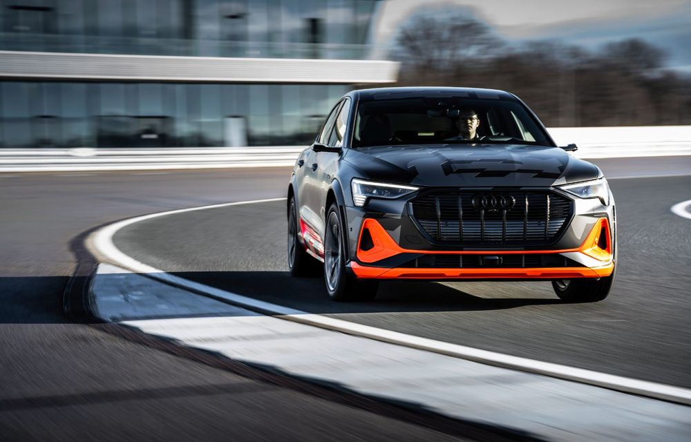 Audi e-tron S și e-tron S Sportback: versiunile de performanță au trei motoare electrice și până la 503 CP - Poza 16