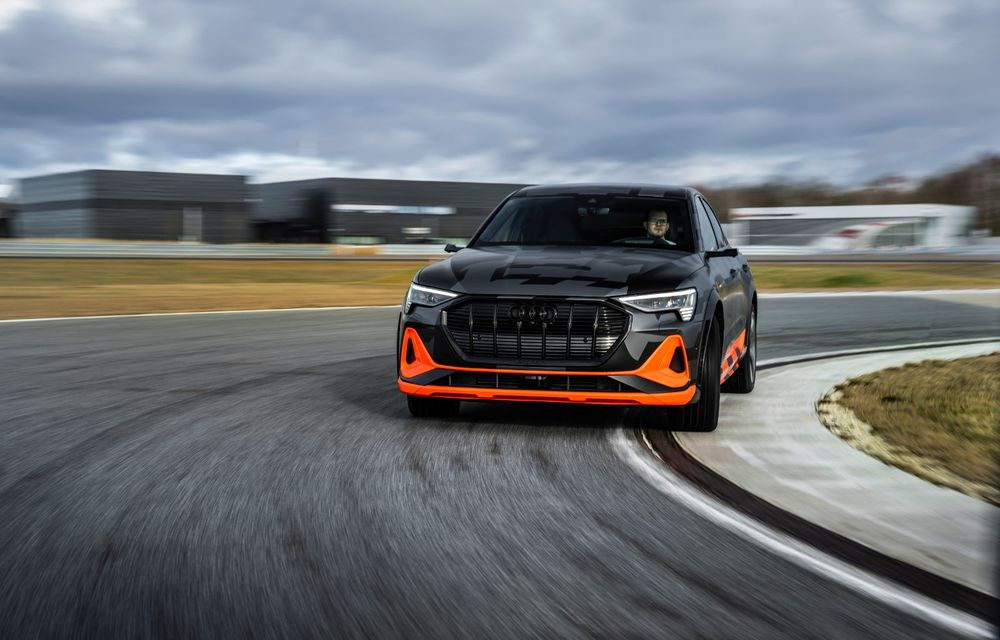 Audi e-tron S și e-tron S Sportback: versiunile de performanță au trei motoare electrice și până la 503 CP - Poza 25