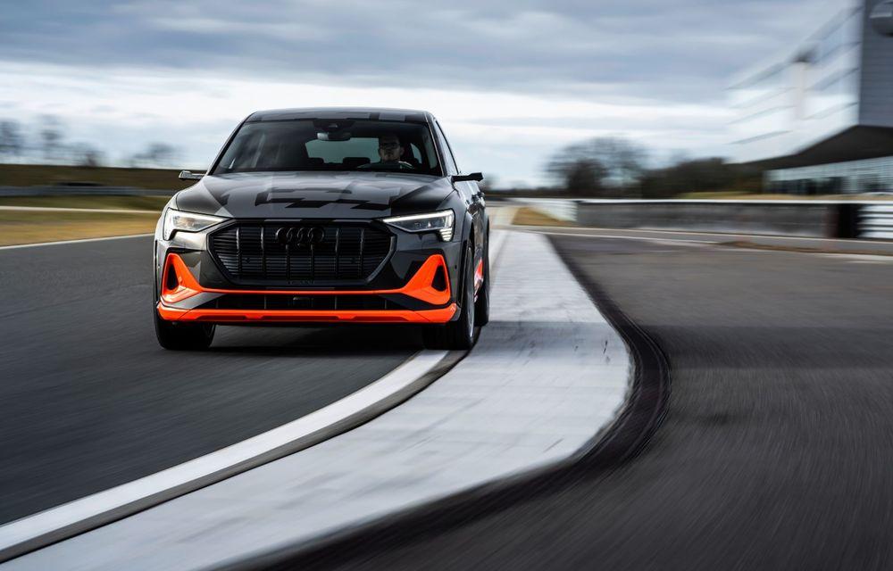 Audi e-tron S și e-tron S Sportback: versiunile de performanță au trei motoare electrice și până la 503 CP - Poza 23