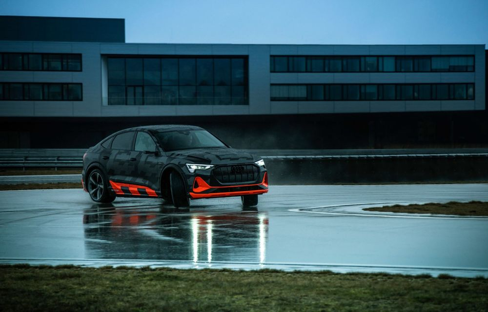 Audi e-tron S și e-tron S Sportback: versiunile de performanță au trei motoare electrice și până la 503 CP - Poza 45