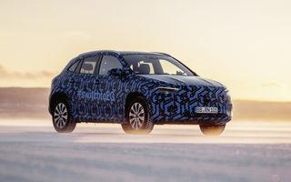 Mercedes-Benz a publicat imagini sub camuflaj cu EQA: SUV-ul electric va fi prezentat până la sfârșitul anului