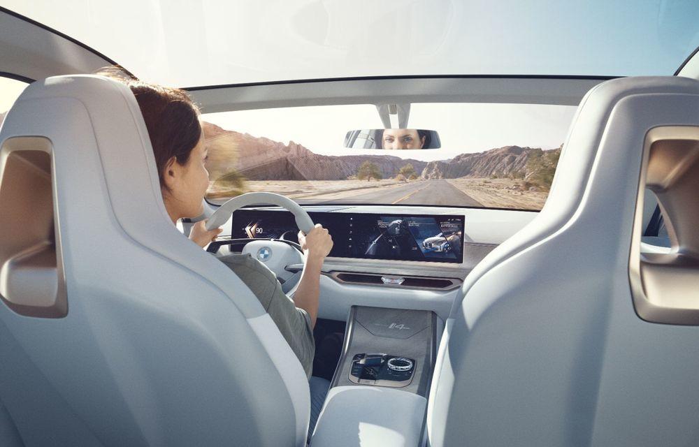 BMW a prezentat noul Concept i4: 530 CP și autonomie de până la 600 de kilometri. Versiunea de serie va fi produsă începând cu 2021 - Poza 26