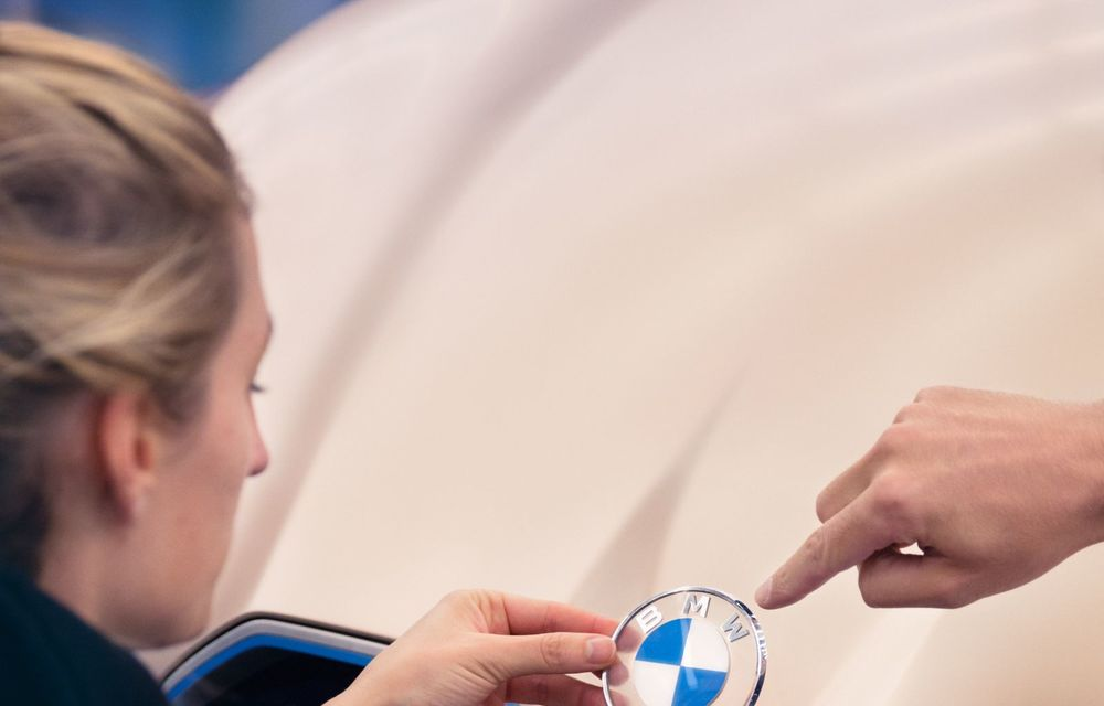 BMW a prezentat noul Concept i4: 530 CP și autonomie de până la 600 de kilometri. Versiunea de serie va fi produsă începând cu 2021 - Poza 41