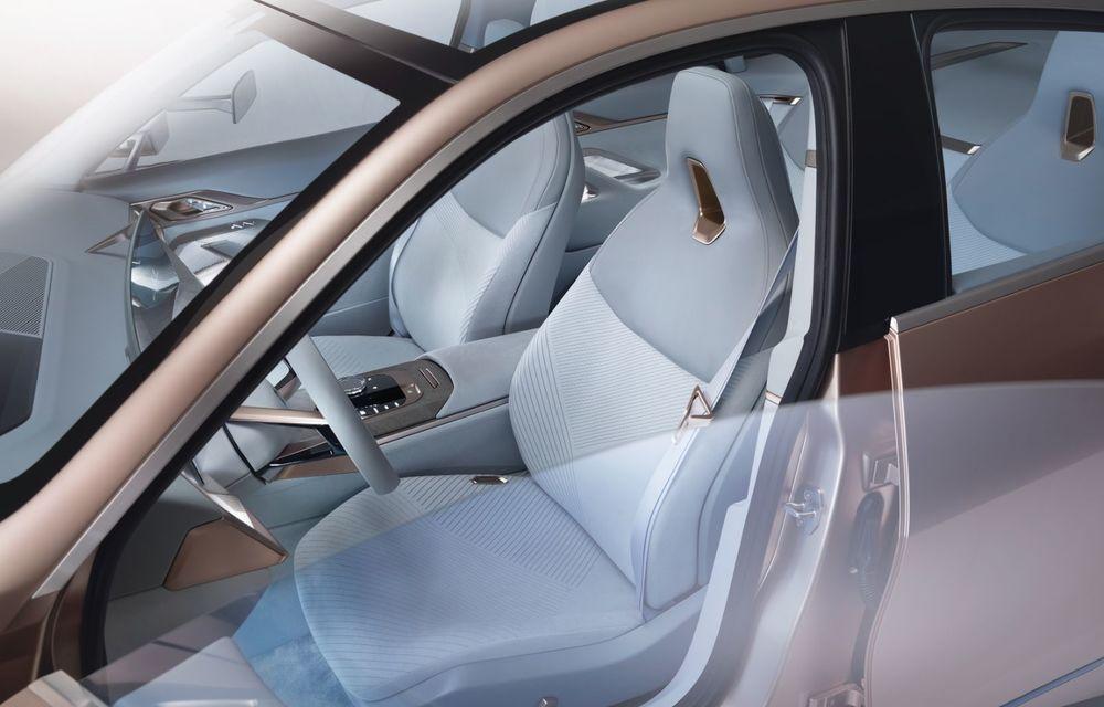BMW a prezentat noul Concept i4: 530 CP și autonomie de până la 600 de kilometri. Versiunea de serie va fi produsă începând cu 2021 - Poza 37
