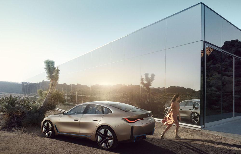 BMW a prezentat noul Concept i4: 530 CP și autonomie de până la 600 de kilometri. Versiunea de serie va fi produsă începând cu 2021 - Poza 7