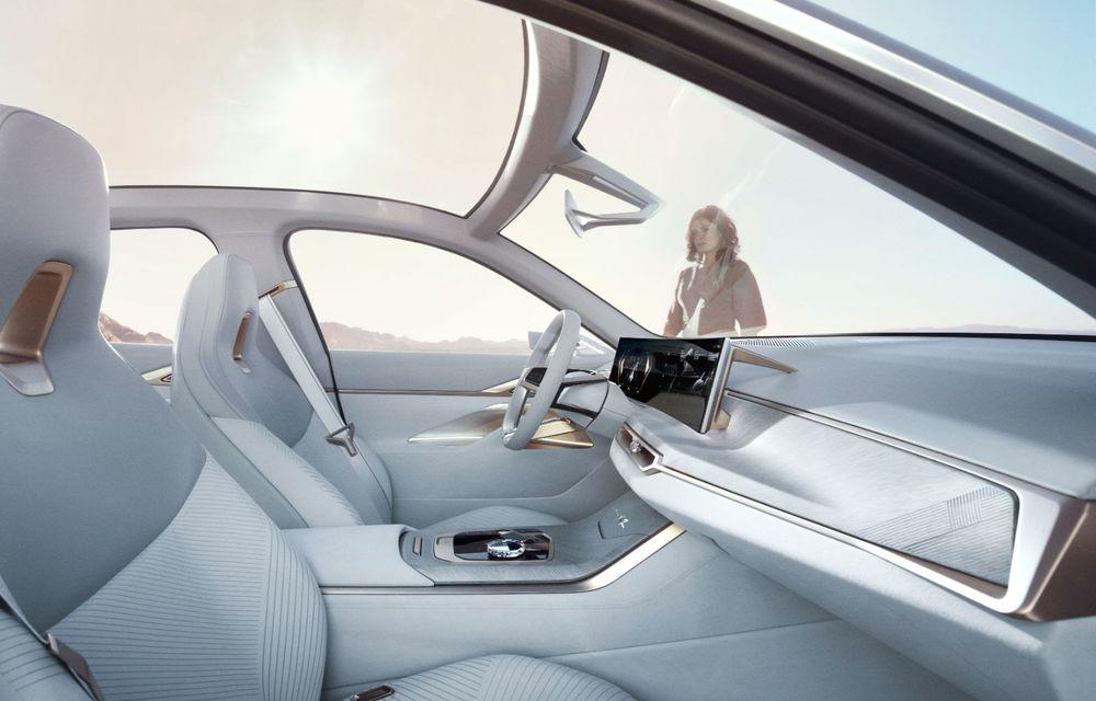 BMW a prezentat noul Concept i4: 530 CP și autonomie de până la 600 de kilometri. Versiunea de serie va fi produsă începând cu 2021 - Poza 25