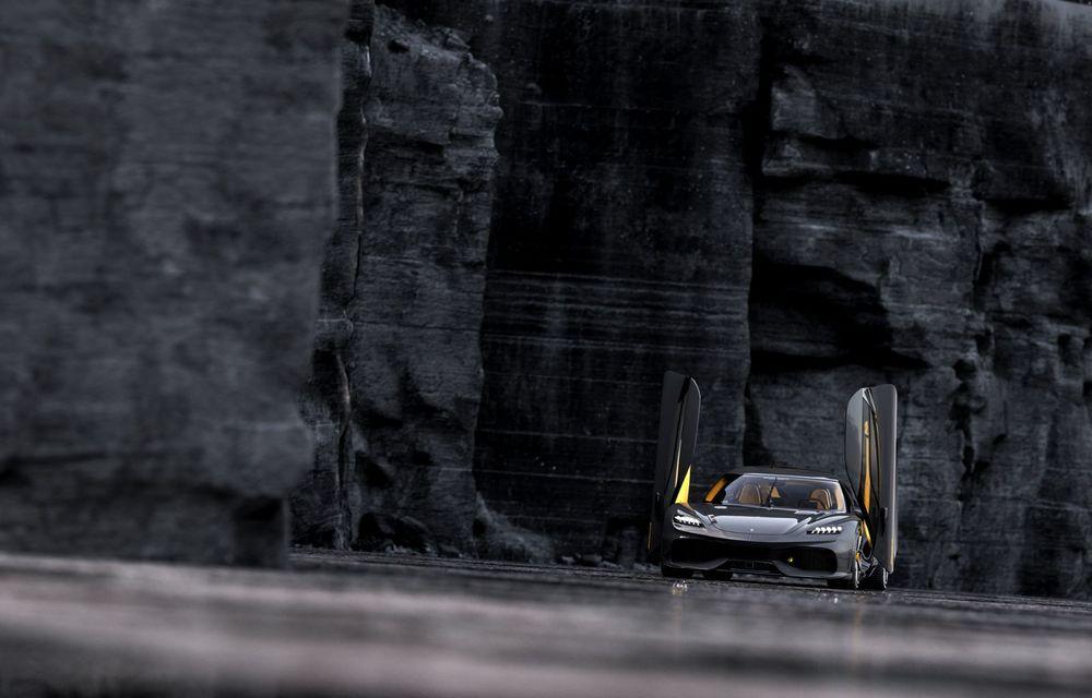 Aveți un minut să vorbim despre avioane? Koenigsegg Gemera este un hibrid cu patru locuri și 1.724 de cai putere - Poza 7