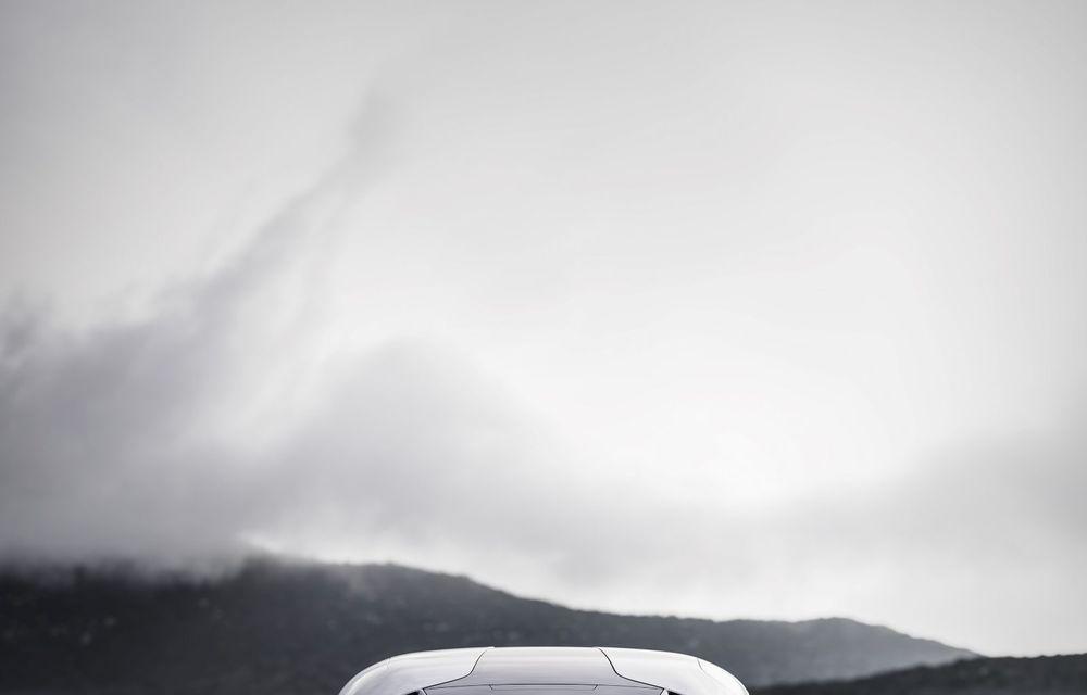 Aveți un minut să vorbim despre avioane? Koenigsegg Gemera este un hibrid cu patru locuri și 1.724 de cai putere - Poza 14