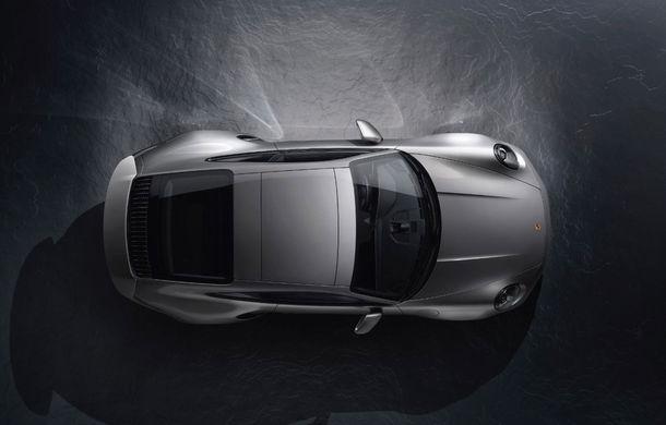 Porsche pregătește o versiune hibrid pentru 911: modelul ar putea debuta în 2023 - Poza 1