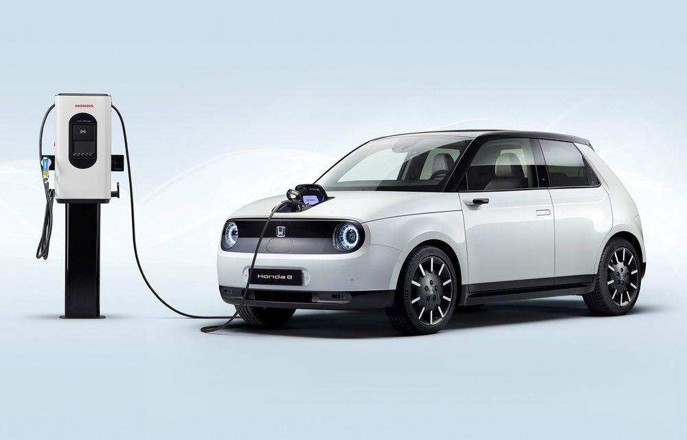 Honda e poate fi comandat în România: primul model electric al constructorului nipon este disponibil doar în varianta de top pentru un preț de pornire de aproape 40.000 de euro - Poza 1