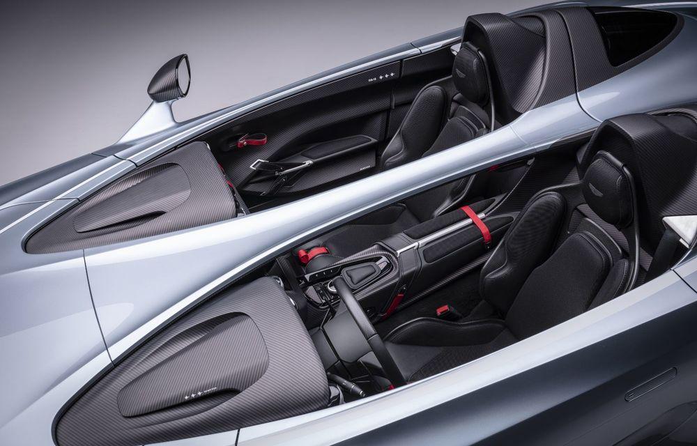 Aston Martin a prezentat ediția limitată V12 Speedster: modelul fără plafon și parbriz oferă 700 CP și va fi produs în doar 88 de unități - Poza 7