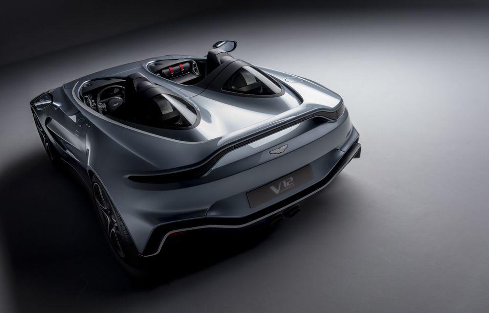 Aston Martin a prezentat ediția limitată V12 Speedster: modelul fără plafon și parbriz oferă 700 CP și va fi produs în doar 88 de unități - Poza 4