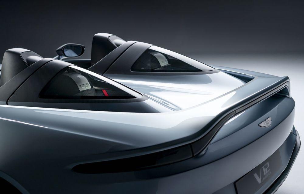 Aston Martin a prezentat ediția limitată V12 Speedster: modelul fără plafon și parbriz oferă 700 CP și va fi produs în doar 88 de unități - Poza 8