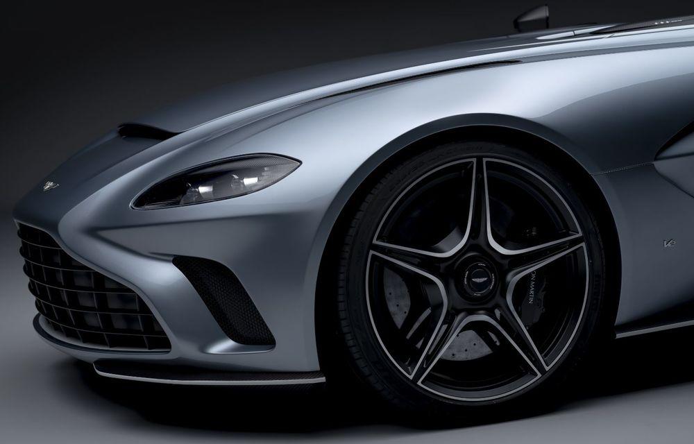 Aston Martin a prezentat ediția limitată V12 Speedster: modelul fără plafon și parbriz oferă 700 CP și va fi produs în doar 88 de unități - Poza 9