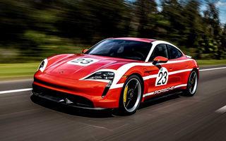 Campanie specială pentru promovarea noului Taycan: primul model electric Porsche a îmbrăcat uniforme celebre în motorsport