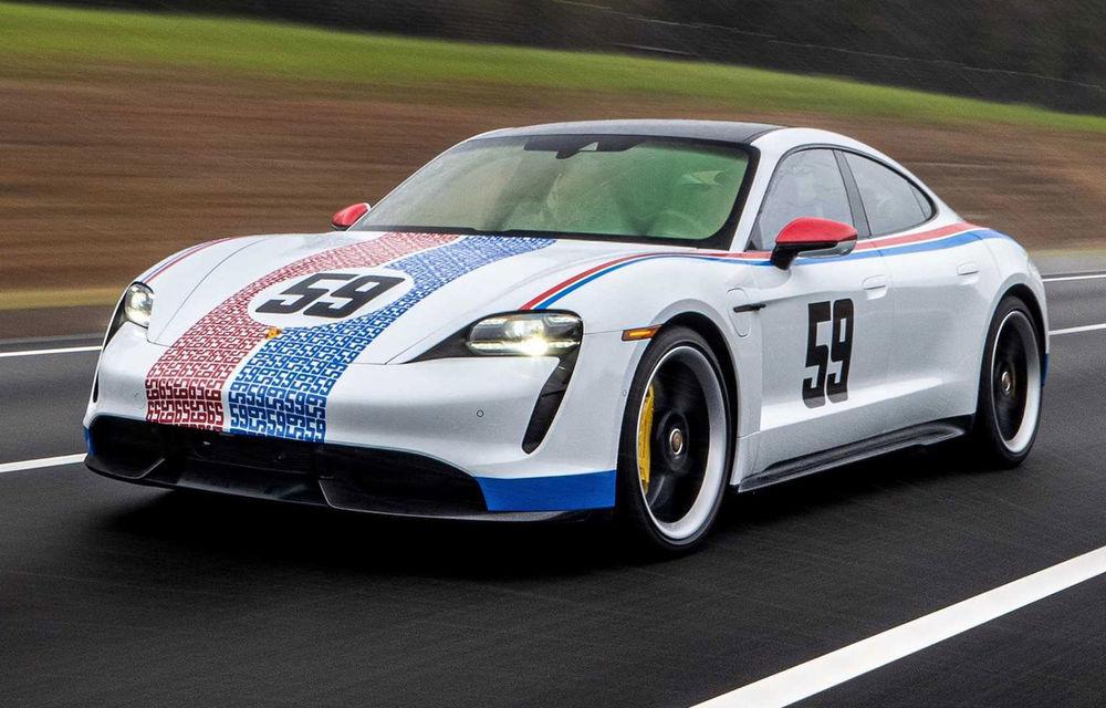 Campanie specială pentru promovarea noului Taycan: primul model electric Porsche a îmbrăcat uniforme celebre în motorsport - Poza 3