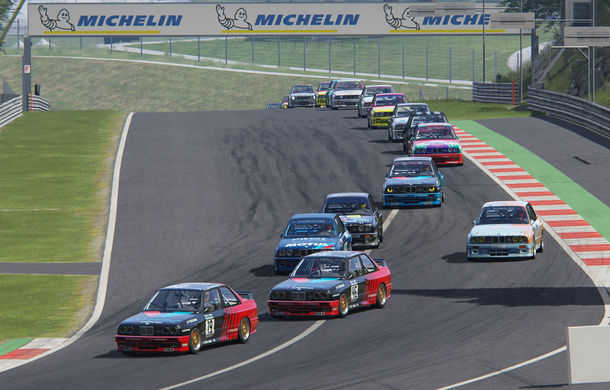 Spectacol în prima etapă de sim racing a competiției Racing League România: peste 11.000 de fani au urmărit cursele de duminică - Poza 2