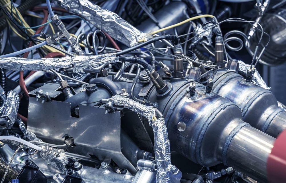 Primele informații despre noul motor pregătit de Aston Martin pentru viitorul Valhalla: hypercar-ul va avea un sistem de propulsie electrificat bazat pe un V6 de 3.0 litri - Poza 6