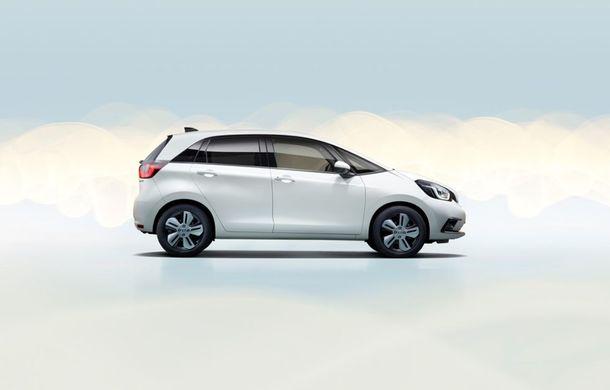 Prețuri pentru noua generație Honda Jazz: modelul nipon pornește de la 23.850 de euro și este disponibil doar cu un sistem hibrid de propulsie - Poza 6
