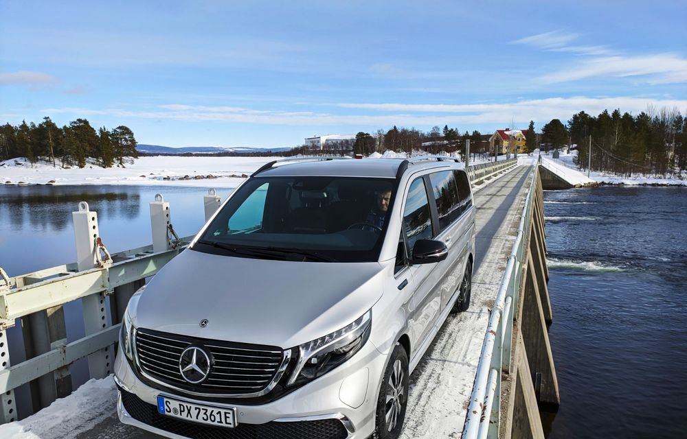 Mercedes-Benz EQV, testat în condiții extreme în Suedia: monovolumul electric cu autonomie de peste 400 de kilometri va fi lansat pe piață în a doua jumătate a anului - Poza 2