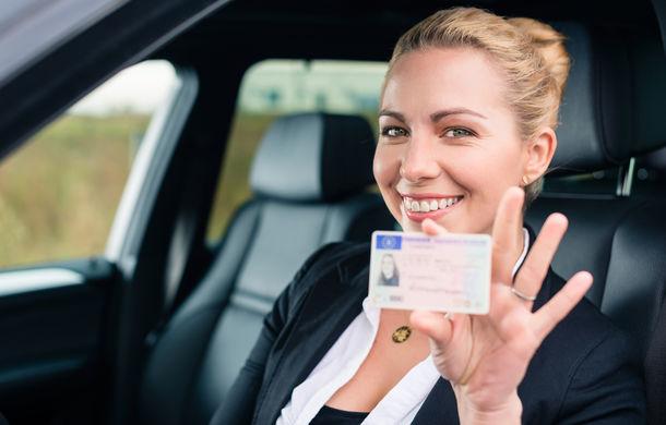 Permisele auto care expiră în această perioadă rămân valabile: șoferii trebuie să le schimbe în 90 de zile de la încetarea stării de urgență - Poza 1