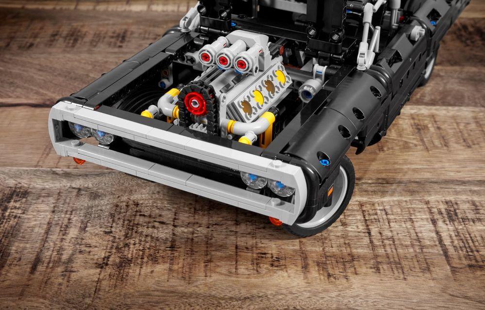 Exemplarul Dodge Charger folosit de Dominic Toretto în seria Fast and Furious are și o versiune Lego: pachetul conține 1.077 de piese și este disponibil pentru precomandă - Poza 7