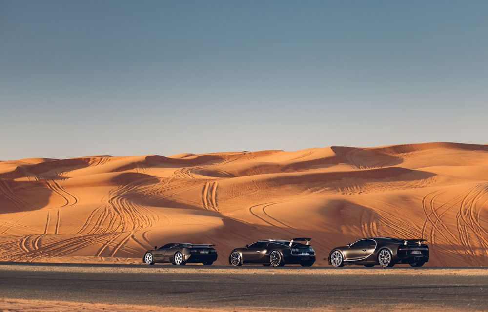 """Ședință foto cu """"Sfânta Treime"""" a gamei Bugatti: EB110, Veyron și Chiron au pozat în Dubai - Poza 8"""