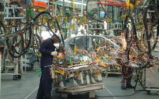 """ACEA: """"Închiderea fabricilor auto afectează în mod direct circa 1.1 milioane de angajați din Europa"""""""
