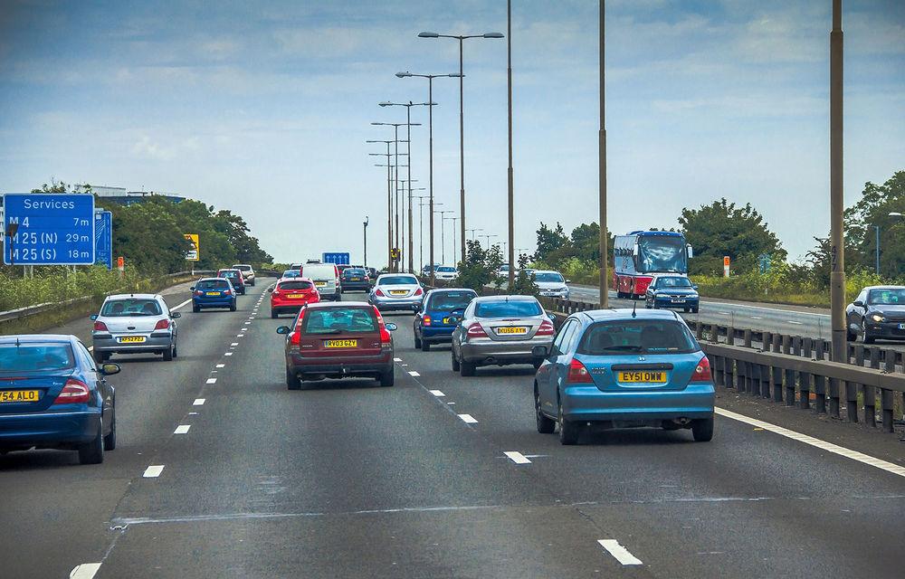 Înmatriculările de mașini noi din Marea Britanie au scăzut cu 31% în primul trimestru al anului: scădere de peste 44% în luna martie - Poza 1