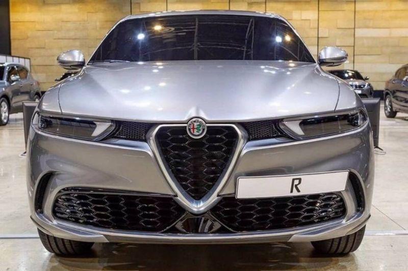 Alfa Romeo Tonale nu va avea versiune Quadrifoglio: viitorul SUV va fi prezentat la sfârșitul anului - Poza 1