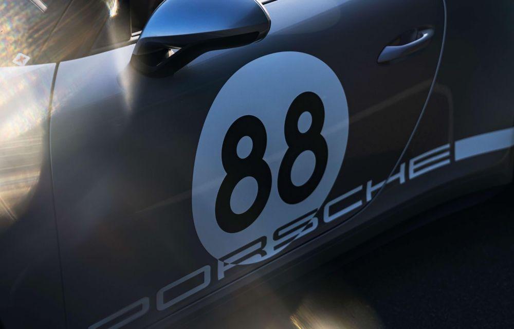 Ultimul exemplar Porsche 911 al vechii generații 991 va fi scos la licitație: banii vor fi donați în scopuri caritabile - Poza 7