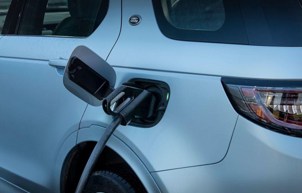 Range Rover Evoque și Land Rover Discovery Sport primesc versiuni plug-in hybrid: 309 CP și autonomie electrică de până la 66 de kilometri - Poza 32