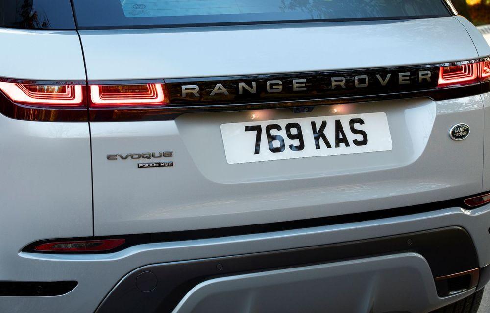 Range Rover Evoque și Land Rover Discovery Sport primesc versiuni plug-in hybrid: 309 CP și autonomie electrică de până la 66 de kilometri - Poza 15