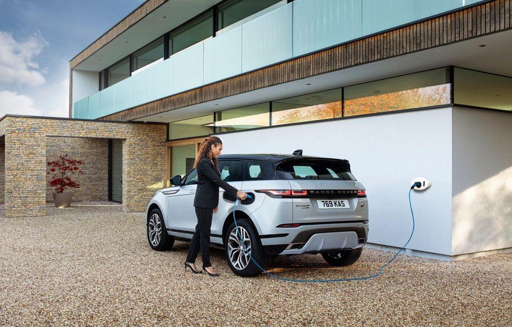 Range Rover Evoque și Land Rover Discovery Sport primesc versiuni plug-in hybrid: 309 CP și autonomie electrică de până la 66 de kilometri - Poza 7