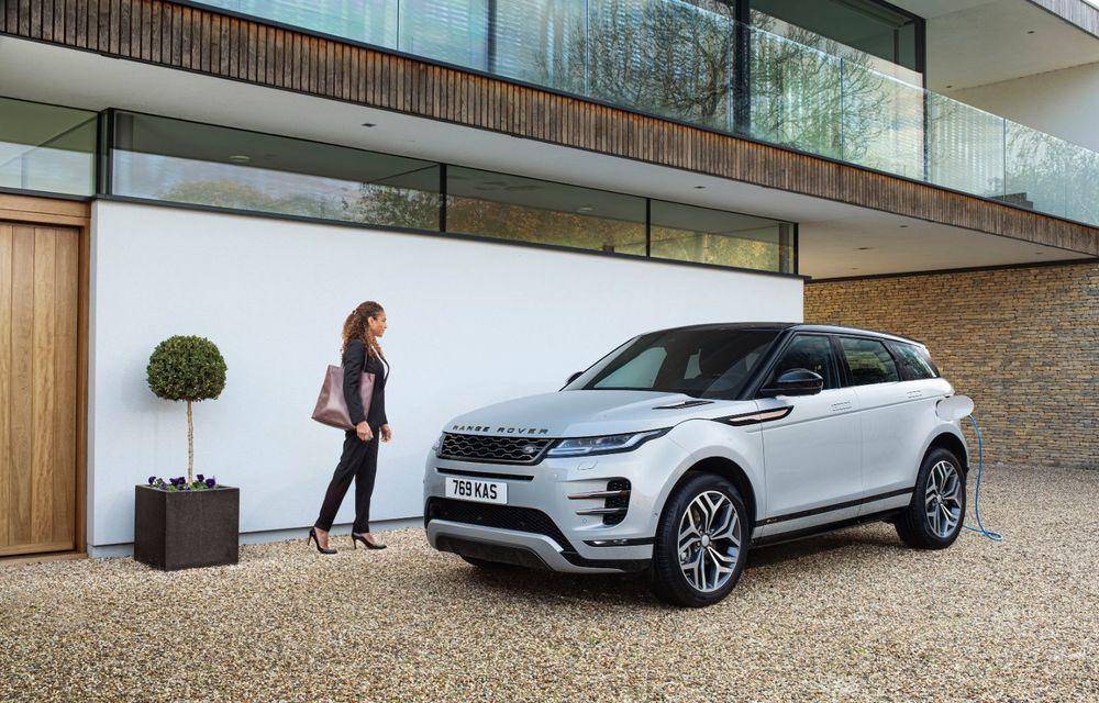 Range Rover Evoque și Land Rover Discovery Sport primesc versiuni plug-in hybrid: 309 CP și autonomie electrică de până la 66 de kilometri - Poza 9