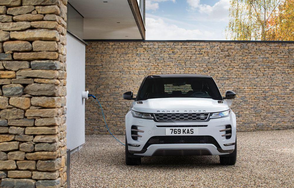 Range Rover Evoque și Land Rover Discovery Sport primesc versiuni plug-in hybrid: 309 CP și autonomie electrică de până la 66 de kilometri - Poza 5